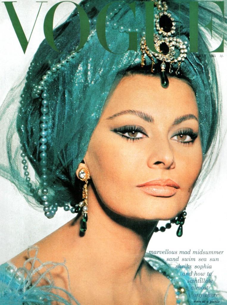 1965_July_Sophia_Loren_by_David_Bailey