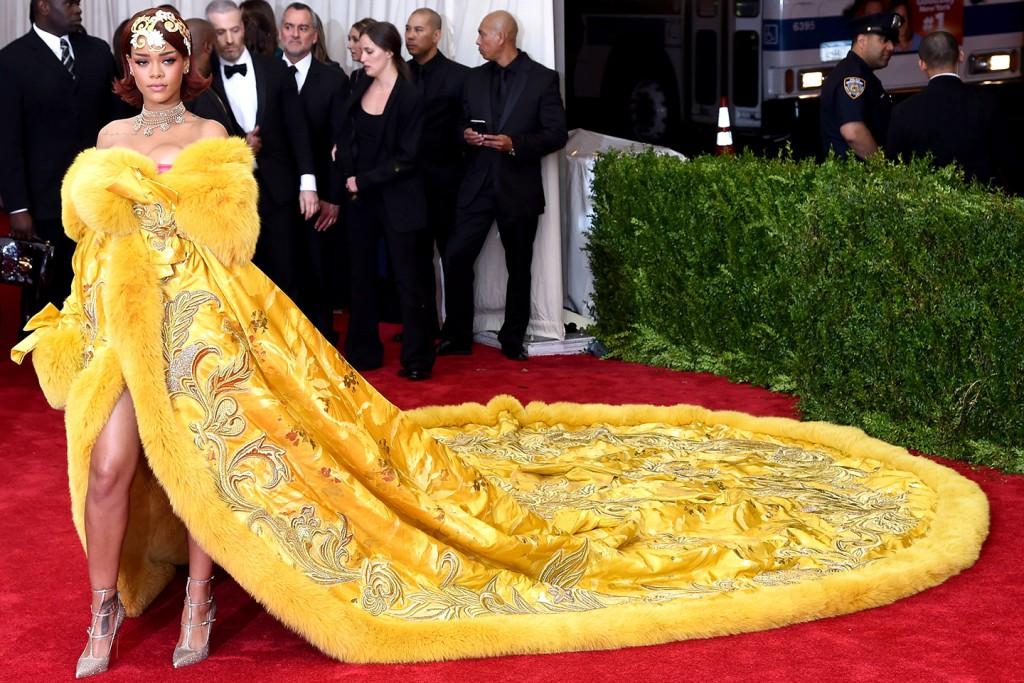 Rihanna-Met-Gala-2015